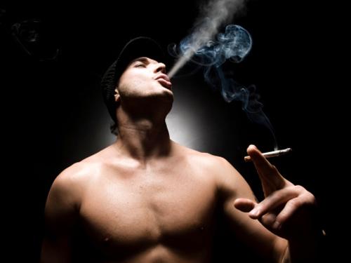 fumare durante il sesso anale YouJizz figa stretta